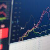 Var får du den snabbaste information om nyheter på aktiemarknaden?